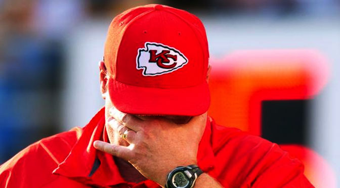 Andy-Reid-head-down